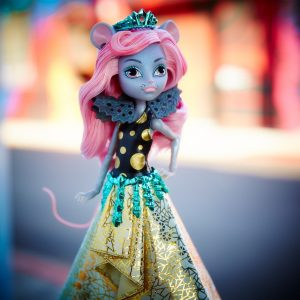 what's the newest and coolest monster high doll for young girls
